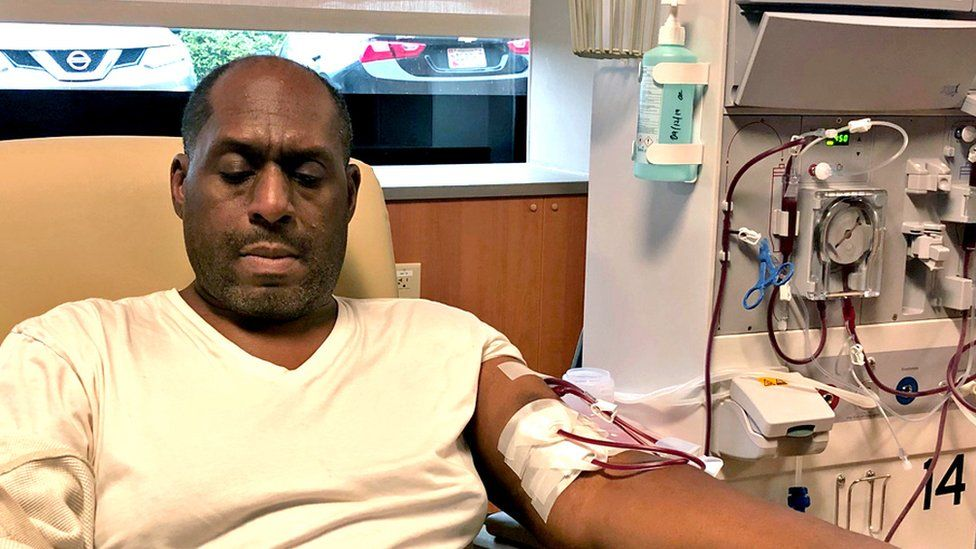 Duane Oates in dialysis centre