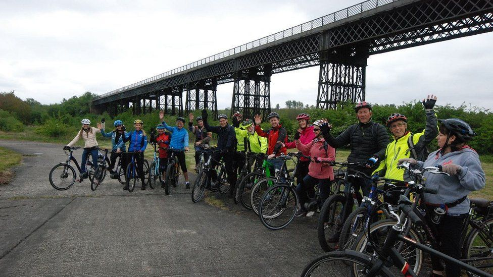 Bennerley cyclists