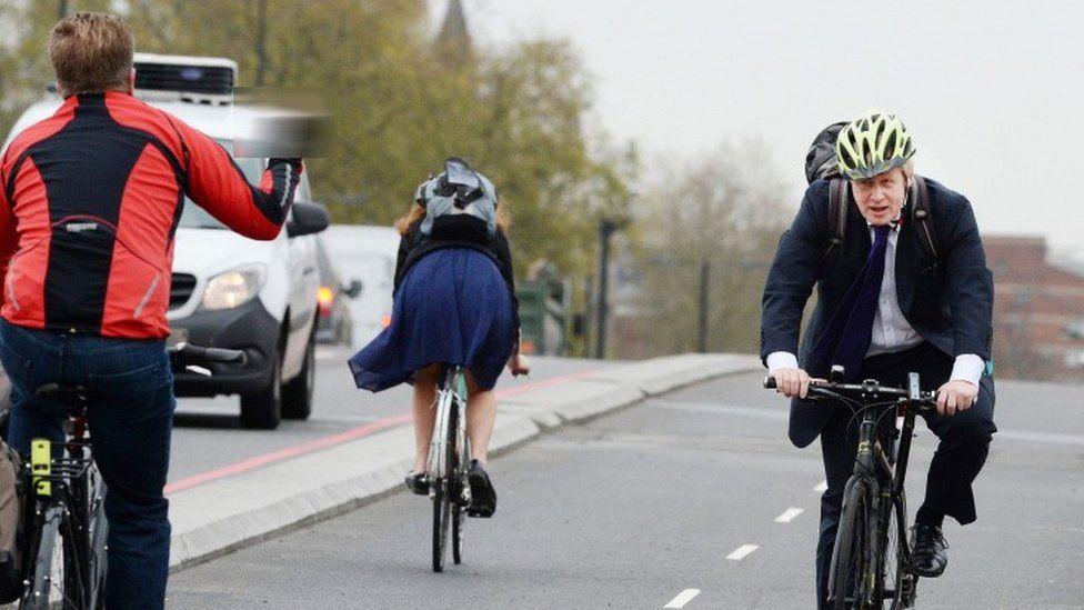 Boris Johnson had a frosty reception from some cyclists on Vauxhall Bridge on Thursday