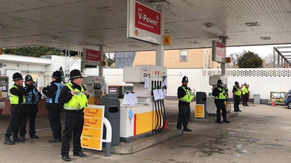 Police at Newnham Road Shell garage