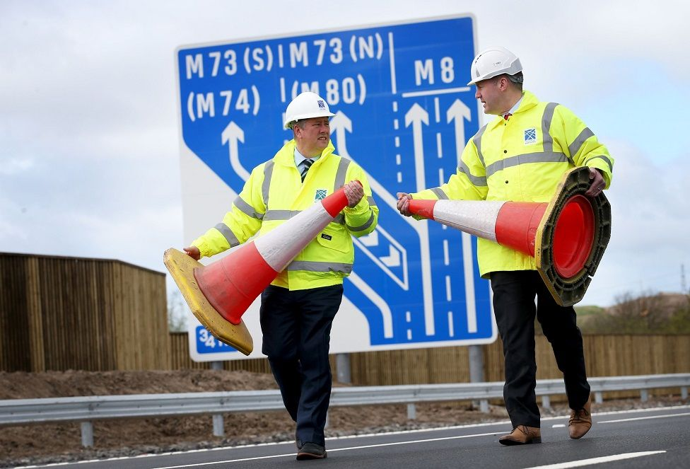 Infrastructure secretary Keith Brown and project manager Graeme Reid