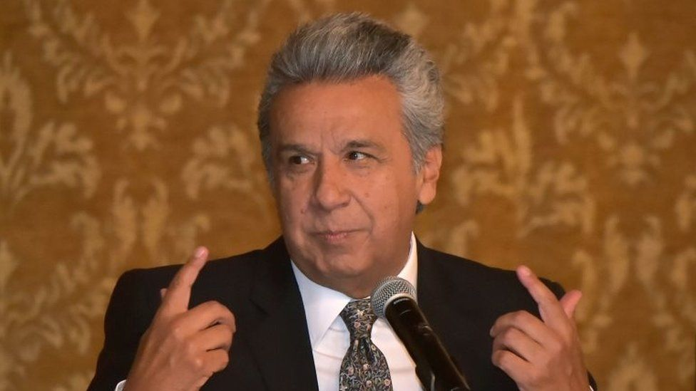 Ecuadorean President Lenin Moreno speaks with the press during a meeting at Carondelet Palace in Quito, on October 4, 2017