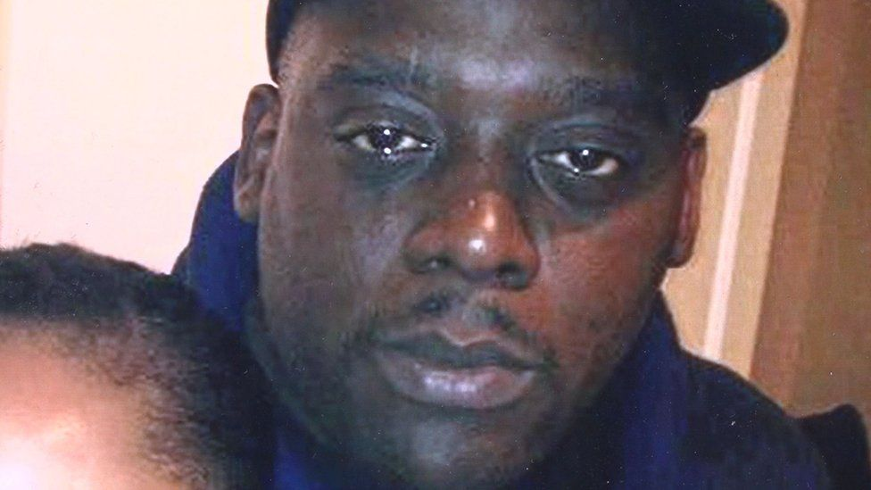Nottingham drug-death inmate 'left dying for 40 minutes'