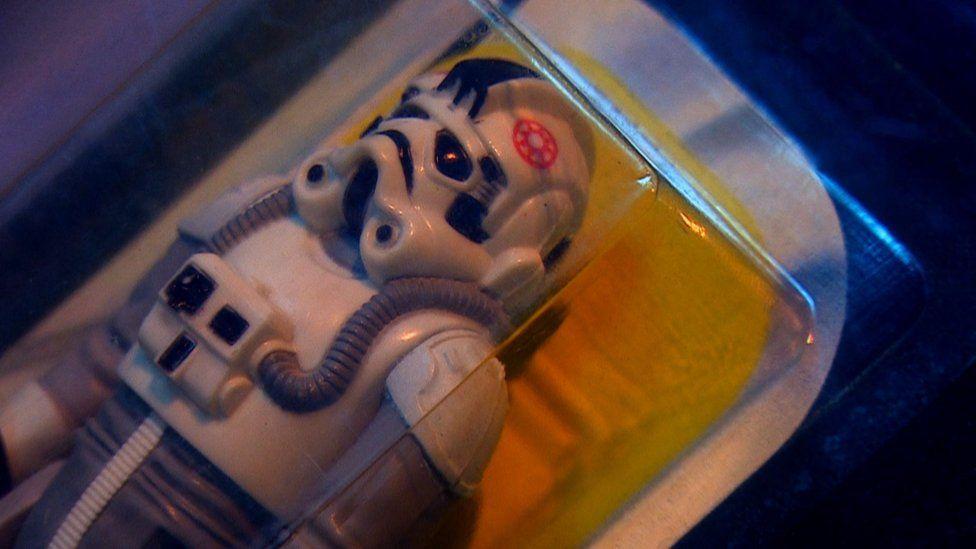 A Star Wars toy