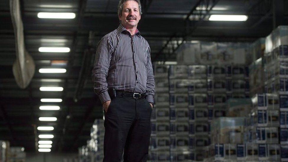 El empresario que pagó más de US$1 millón de su bolsillo para que un pueblo de Canadá recibiera a 200 refugiados sirios