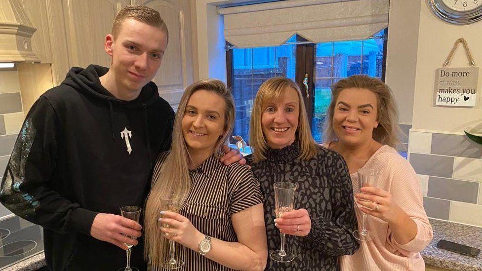 Boyfriend Kieran Parker, Jemma, mum Alison and sister Kacey