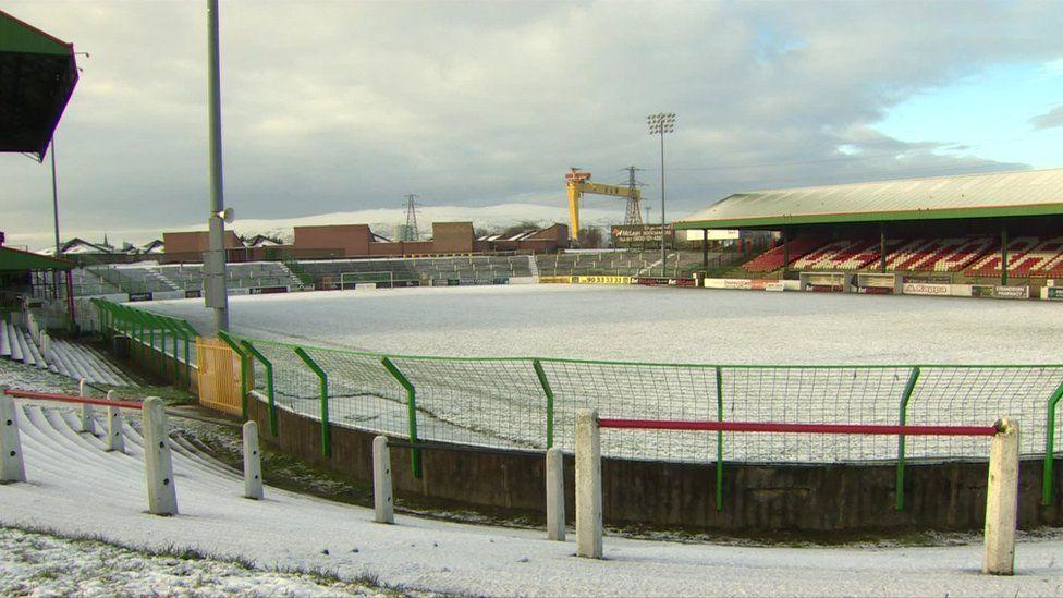 Glentoran pitch