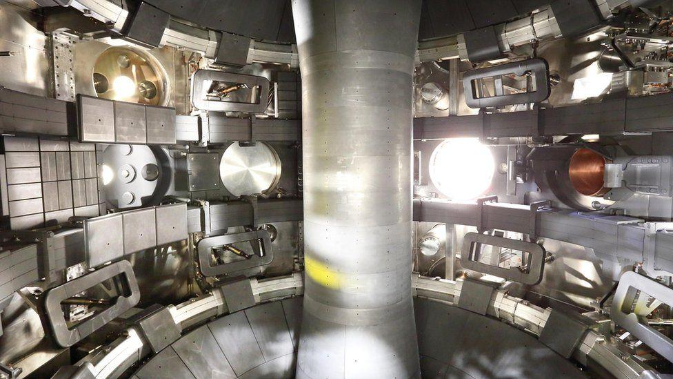 Vacuum vessel, Mast Upgrade