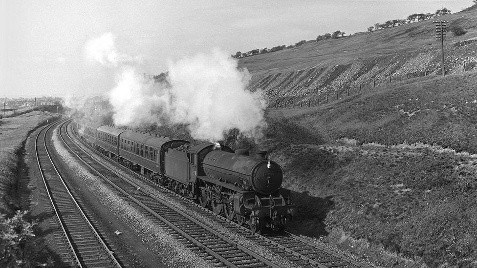 B1 class locomotive at Beeston, West Yorkshire, 1961
