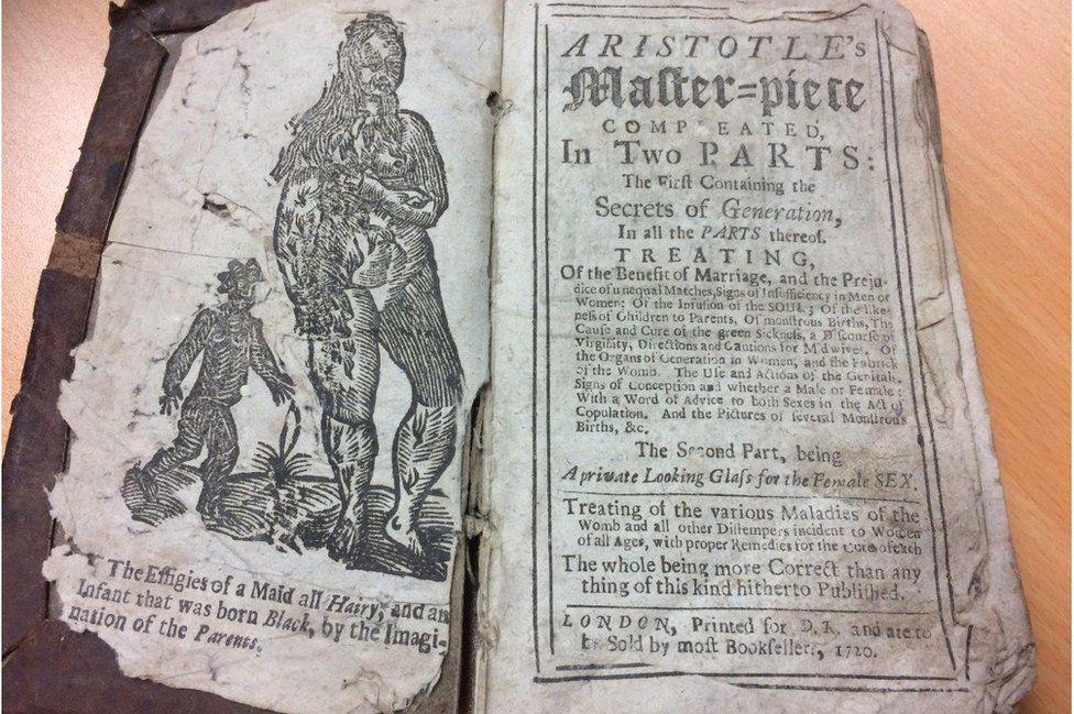 Los peculiares consejos sexuales de un manual secreto que estuvo prohibido durante 300 años