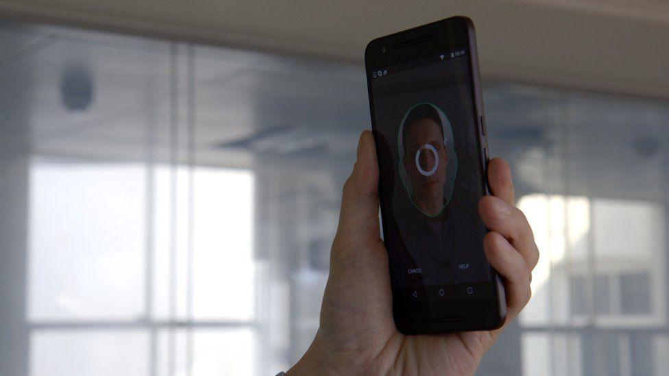 smartphone taking selfie