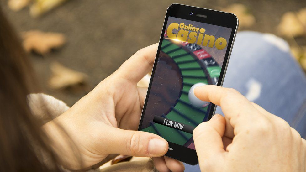Online gambling faces fresh restrictions - BBC News