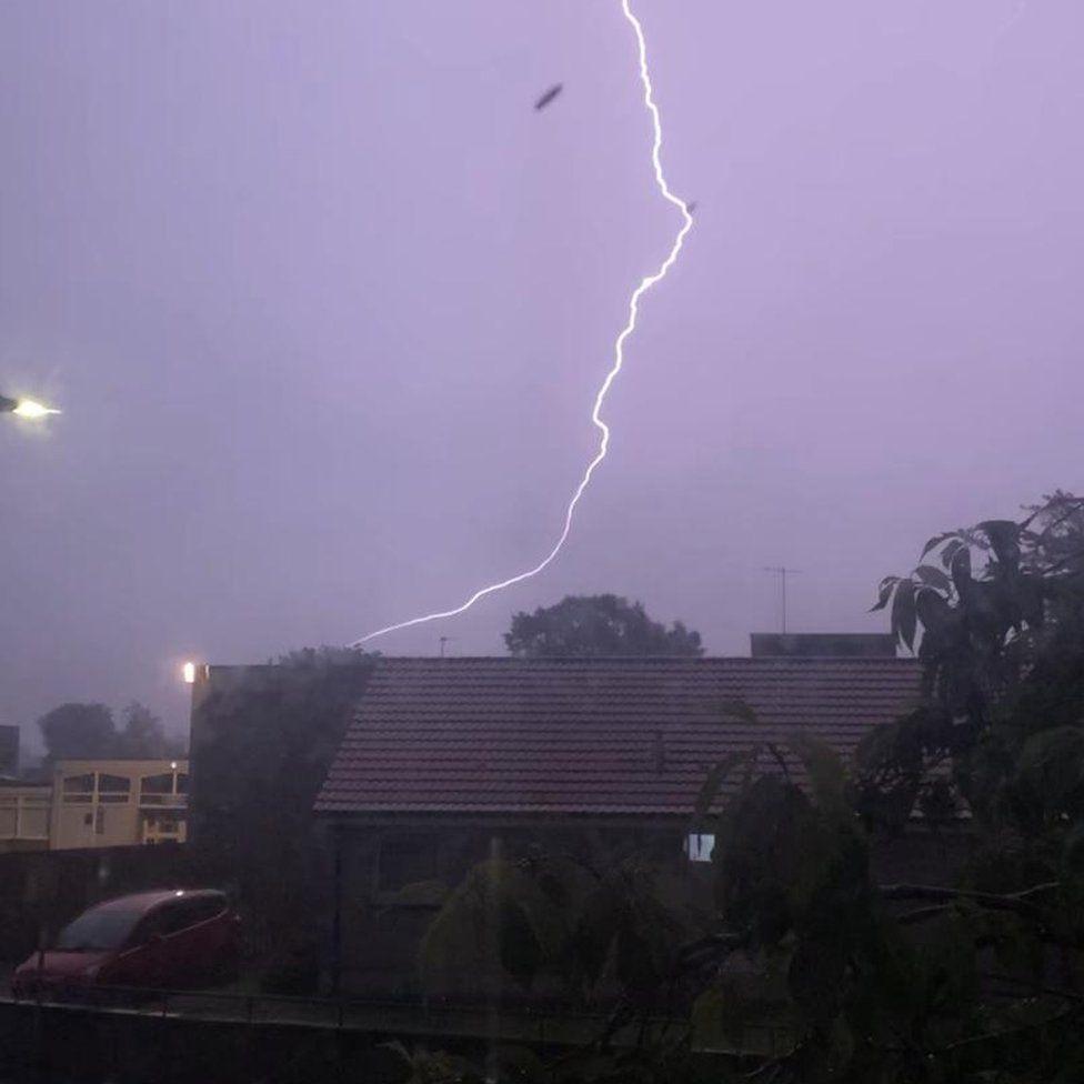 lightning in Glenrothes