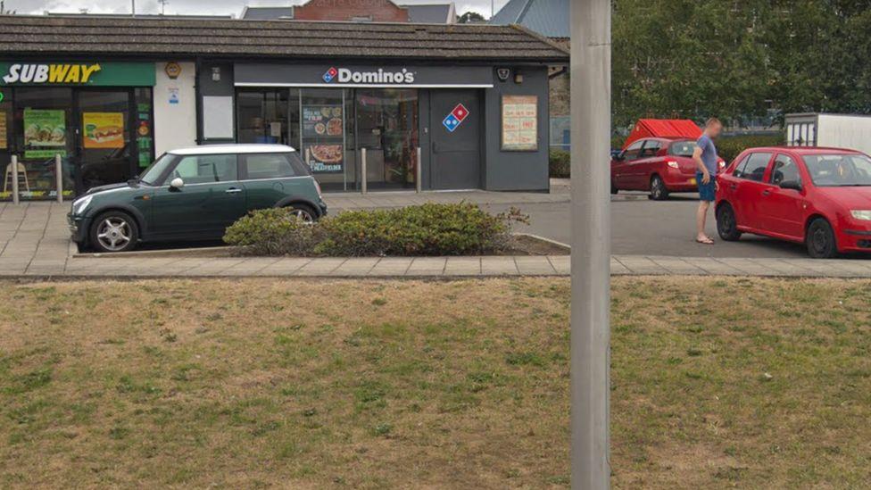 Domino's pizza in Llanelli