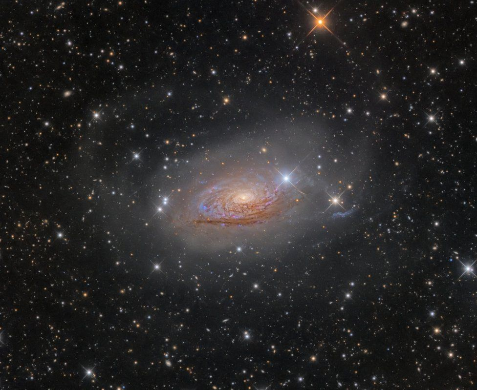 An image of Star Streams and the Sunflower Galaxy.