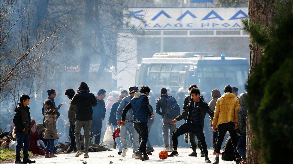 Migrants at Greece's Kastanies border crossing