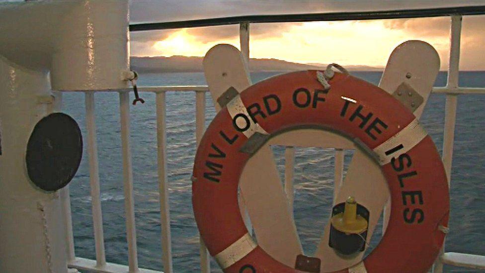 Sealladh bhon MV Lord of the Isles