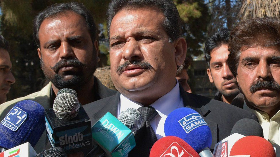 Pakistani lawyer for the family of late Baloch rebel leader Nawab Akbar Bugti, Sohail Rajput (C), speaks after a hearing in Quetta on January 18, 2016