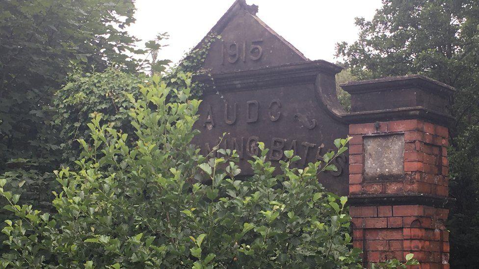 Pontnewynedd Baths 1915