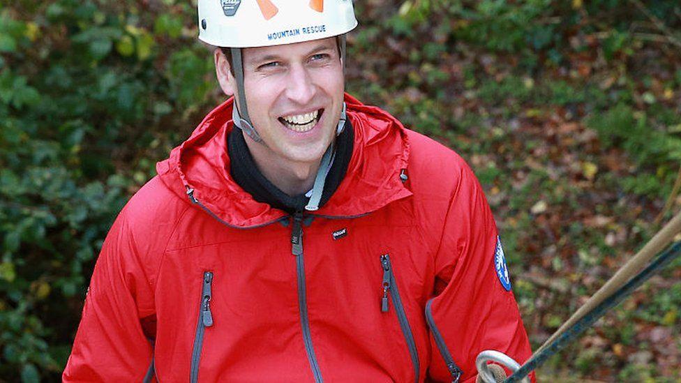 Prince William, Duke of Cambridge abseils
