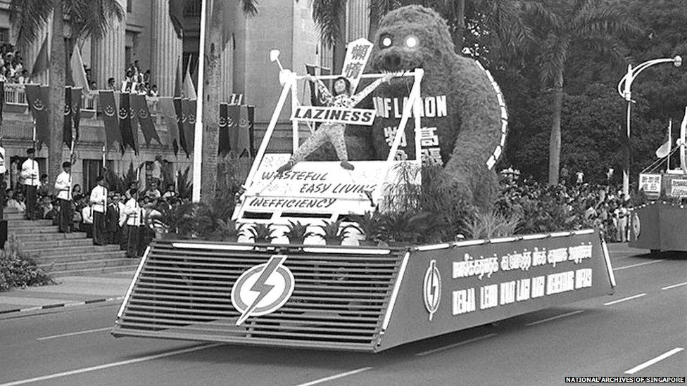 Float at 1974 National Day parade; Ministry of Information and the Arts Collection, courtesy of National Archives of Singapore