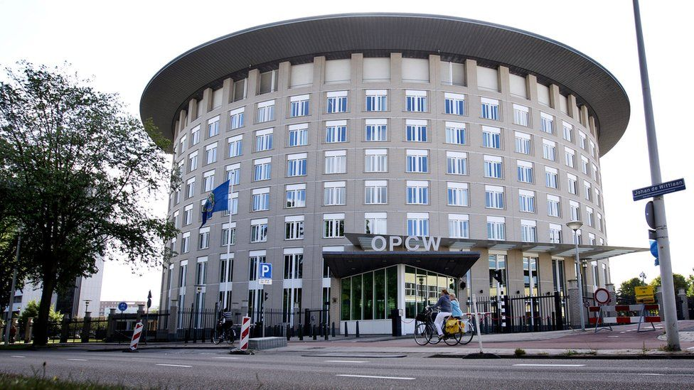 Headquarters of the Organisation for the Prohibition of Chemical Weapons (OPCW) in The Hague (31 August 2013)