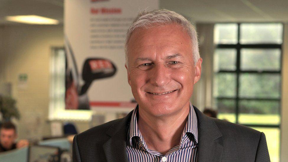 Ian McIntosh , boss Red Driving School