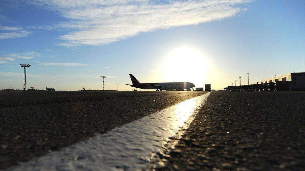 В чем проблемы с третьей полосой в аэропорту Шереметьево?