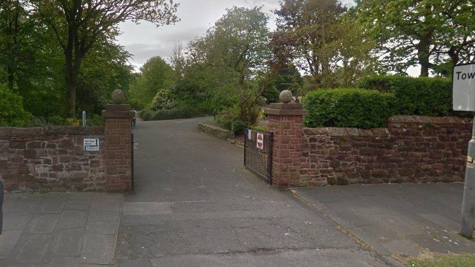 Entrance to Barrow Park