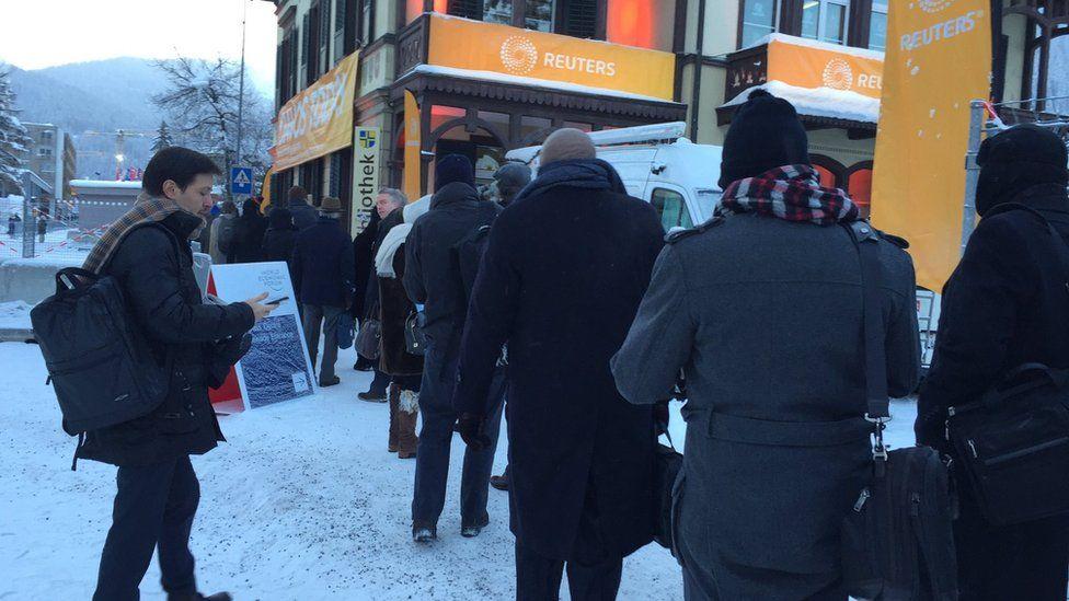 Security queue