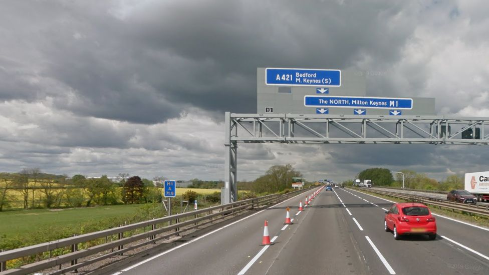 M1 junction 13