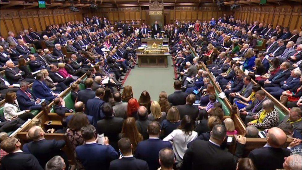 Brexit oylaması: İngiltere Parlamentosu Başbakan May'in AB ile vardığı anlaşmayı reddetti