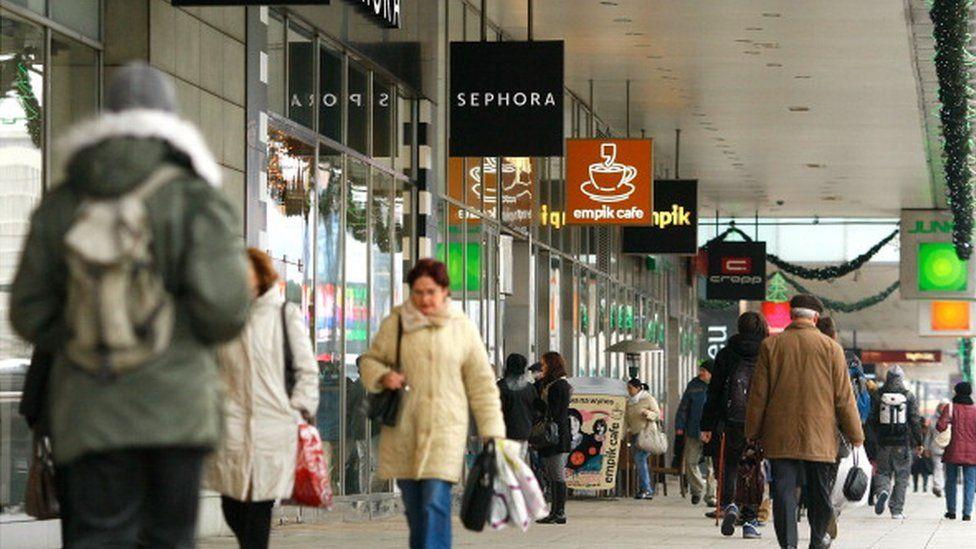 Warsaw shopping street 2011
