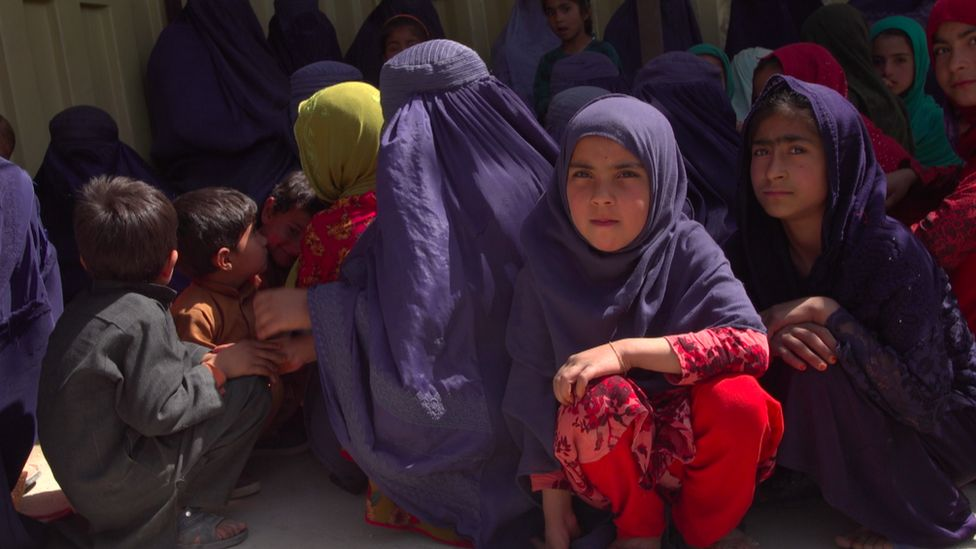 Patients at a clinic in a Taliban-controlled area