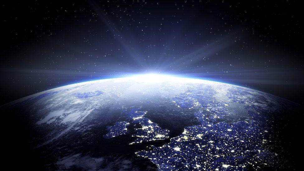 Восход солнца на орбите