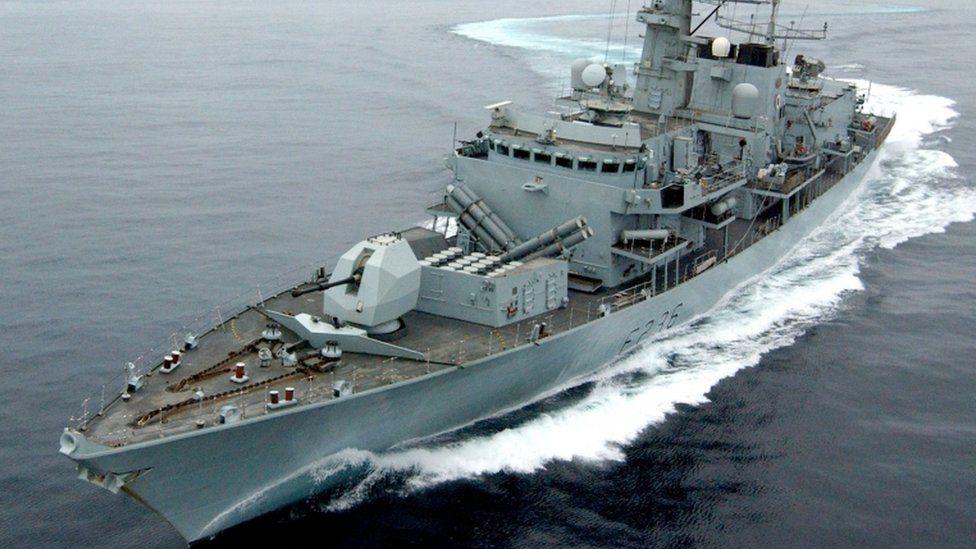 Strait of Hormuz: Iranian boats 'tried to intercept British