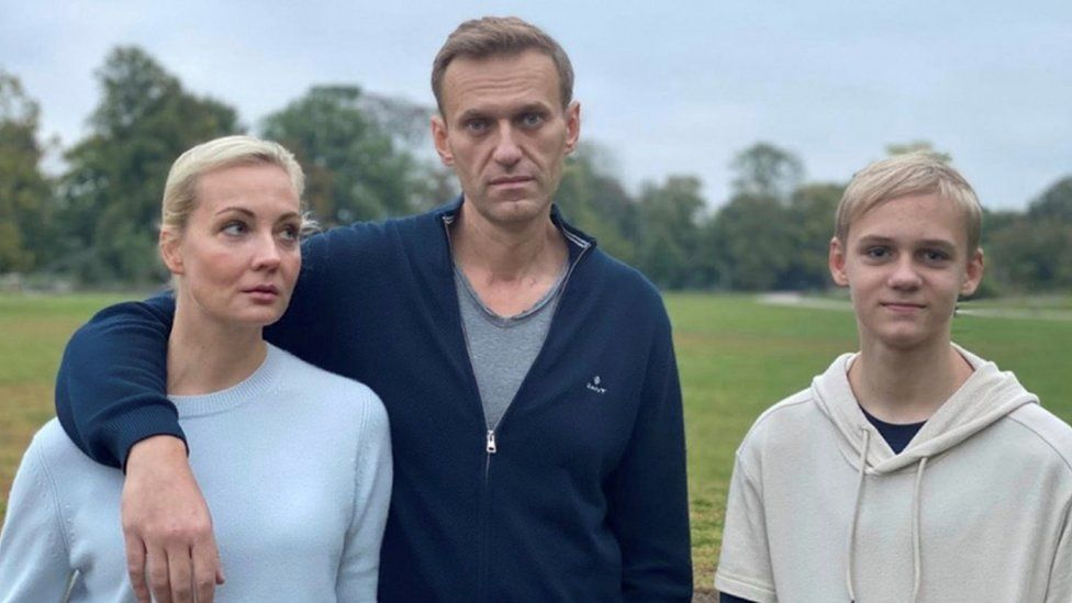 Russian opposition politician Alexei Navalny, his wife Yulia and son Zahar pose for a photograph in Berlin