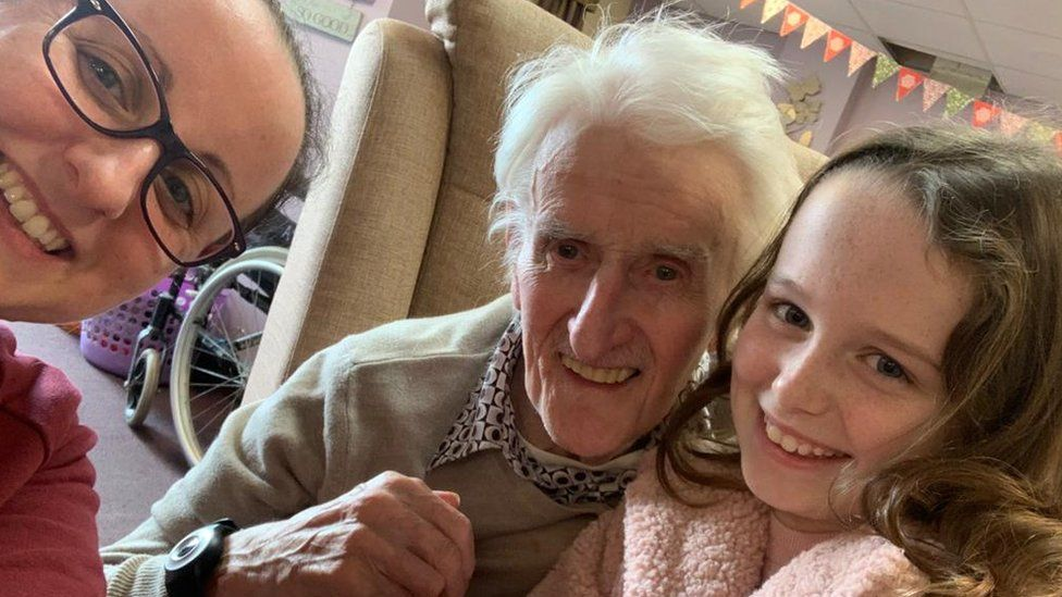 Kimberley Edwards (left) with Tony Rutherford and his great-granddaughter Sophie