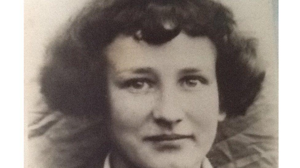 Kathleen Hutchinson