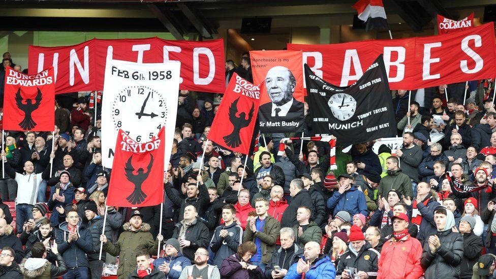 Fans remember Munich air disaster