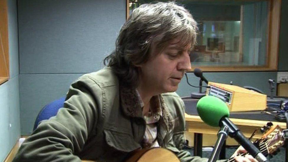Bap Kennedy singing on Radio Ulster