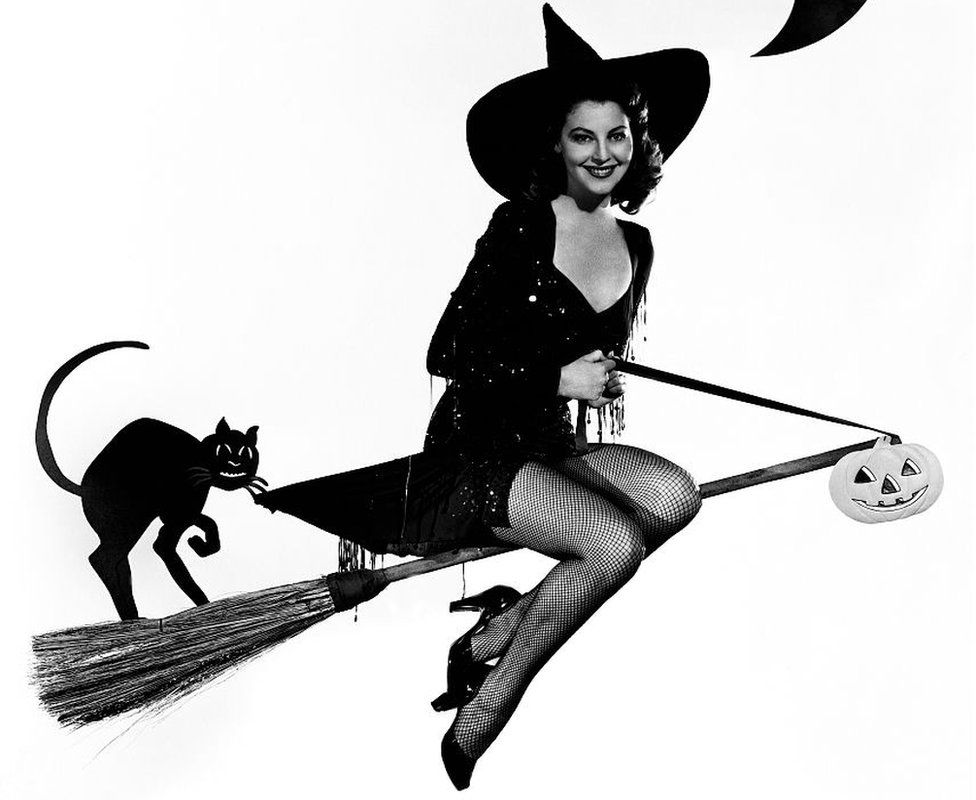 Ava Gardner as a sexy Hollywood witch