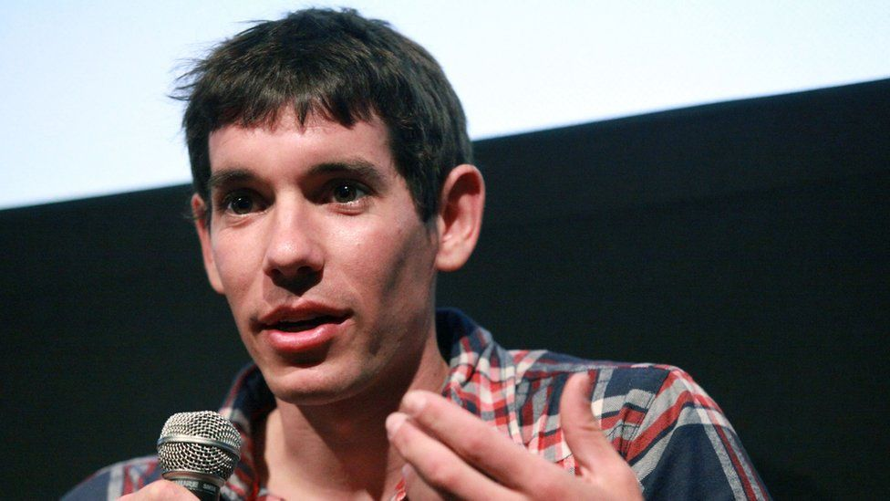 Free solo climber Alex Honnold in New York (07 April 2011)