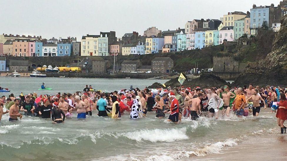 Tenby Boxing Day swim