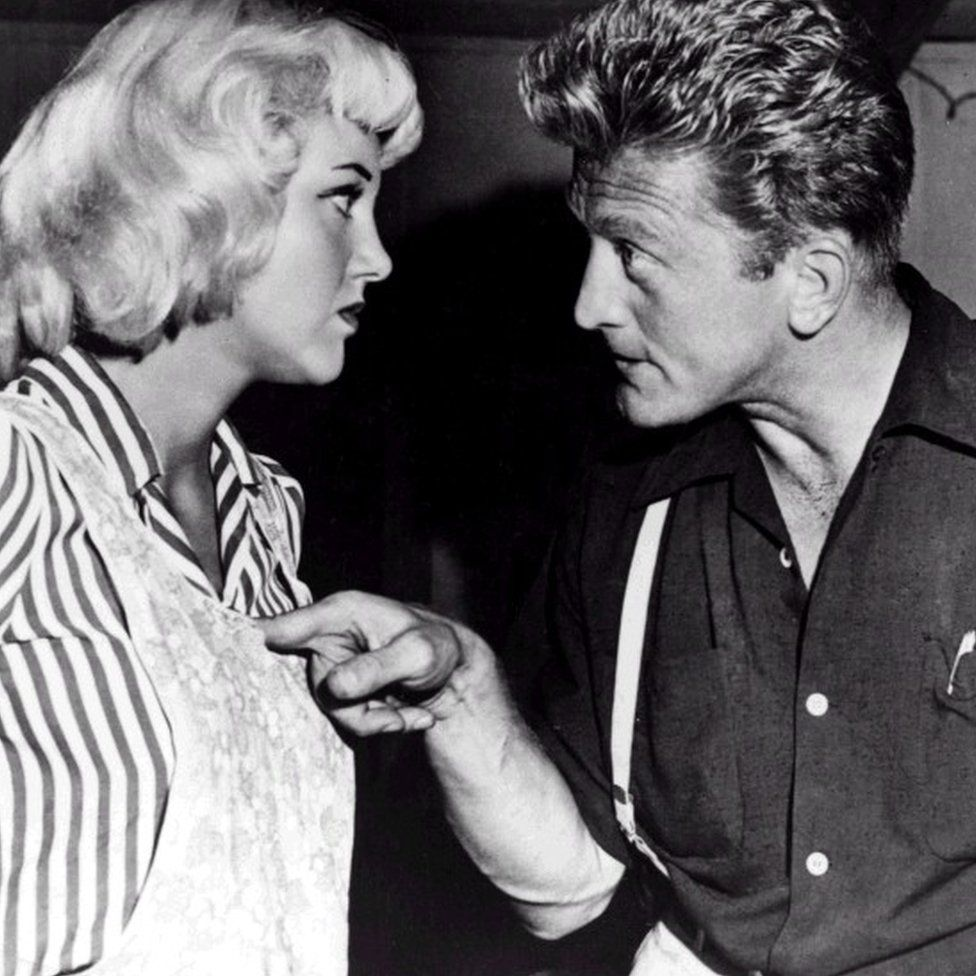 Jan Sterling and Kirk Douglas in Ace in the Hole 1951
