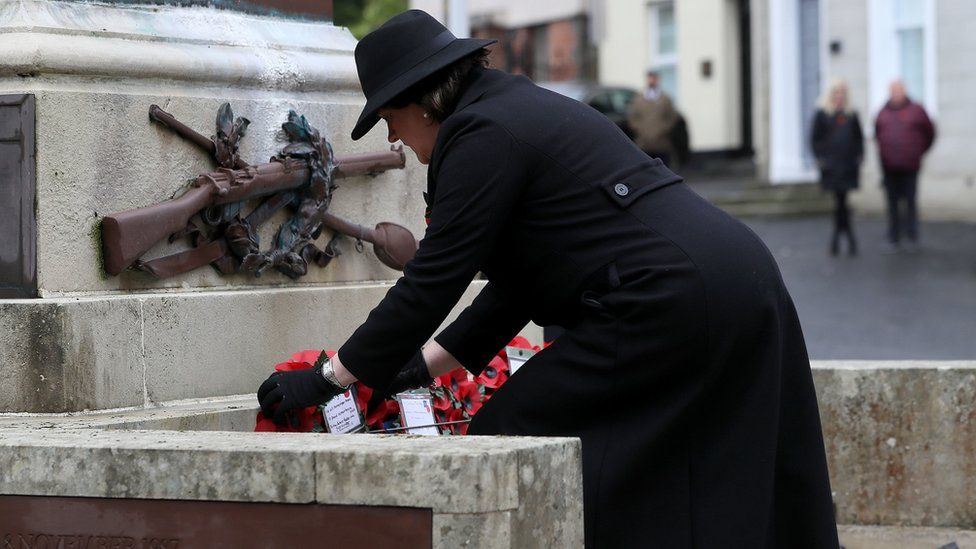Northern Ireland First Minister Arlene Foster lays a wreath during the Remembrance Sunday service at the Cenotaph in Enniskillen.