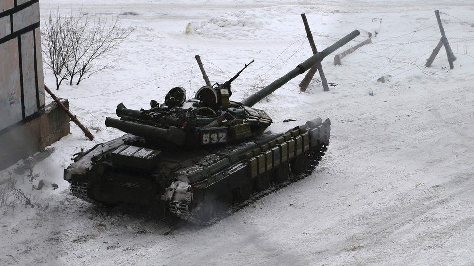 A tank belonging to Ukrainian Forces in the eastern town of Avdiivka, north of the pro-Russian rebels' de facto capital of Donetsk, 2 February 2017