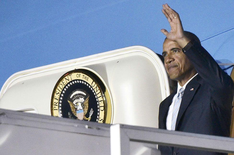 Barack Obama arrives in Poland