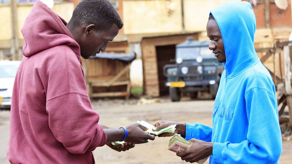 Illegal money traders in Harare, Zimbabwe - Wednesday 8 April 2020