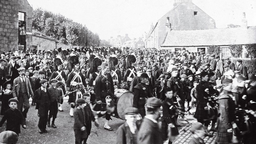 The Maryhill Barracks was home to 1,000 people
